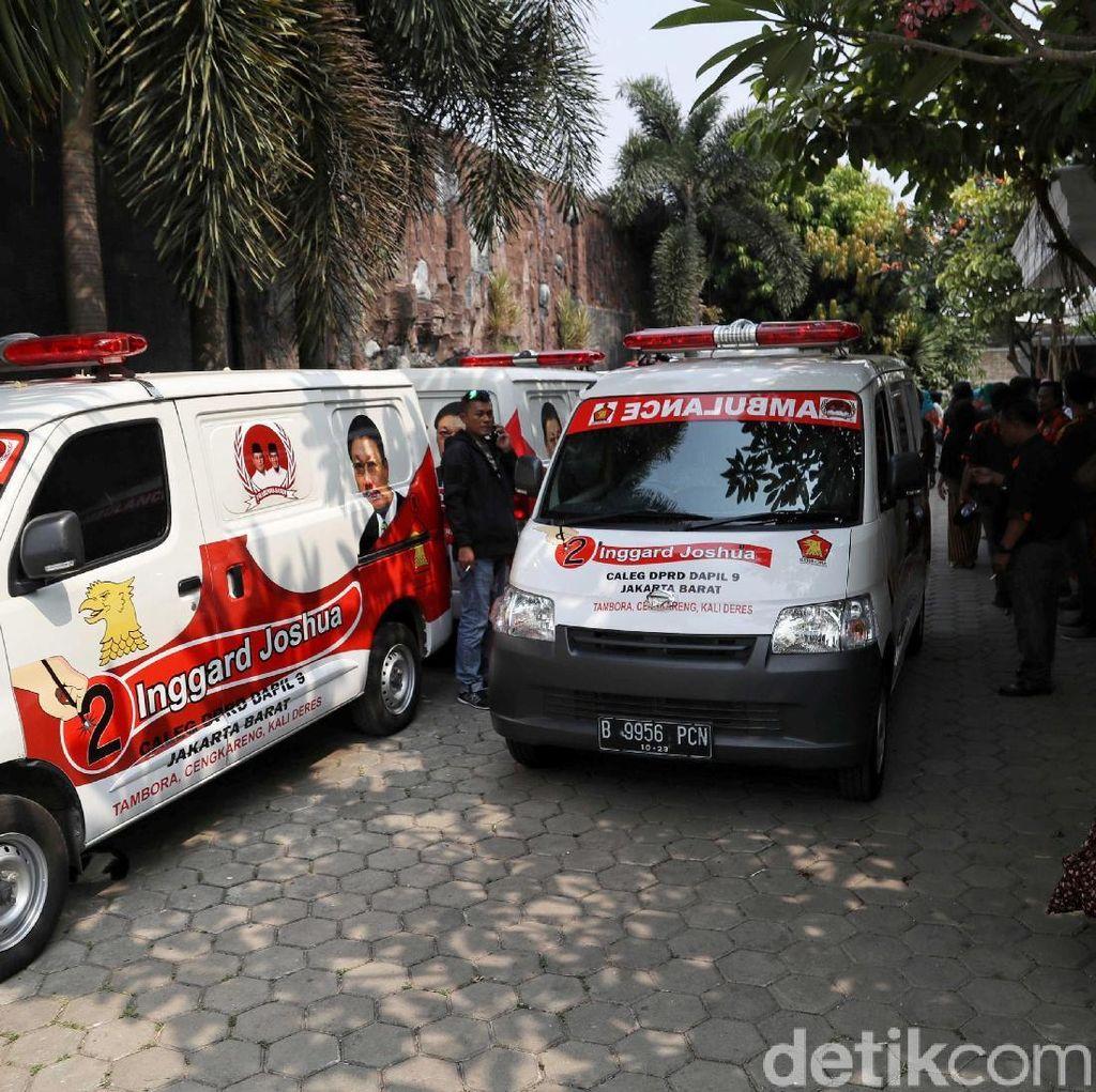 DPP Gerindra Sumbang 10 Ambulans Untuk Warga di Jakarta Barat