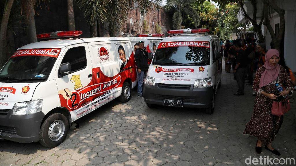 Gerindra Sumbang 10 Ambulans Untuk Warga Jakarta Barat