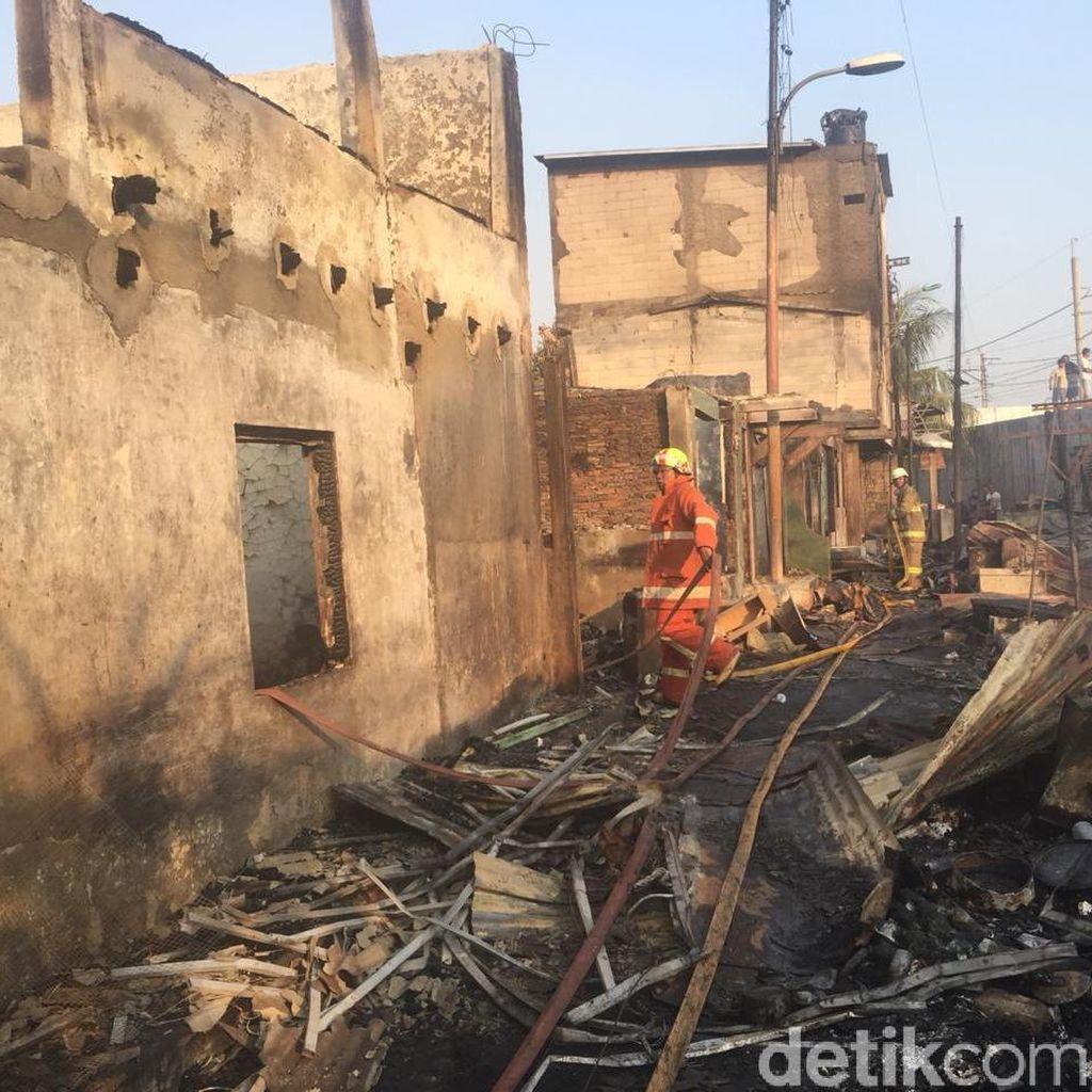 Penampakan Kebakaran di Jatinegara yang Hanguskan Ratusan Rumah