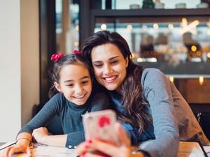 25 Ucapan Selamat Hari Ibu, Kirim Pesan Kata-kata Menyentuh Ini untuk Ibu