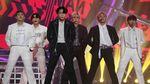 Melihat Lagi Meriahnya Konser Smartfren WOW yang Bertabur Bintang