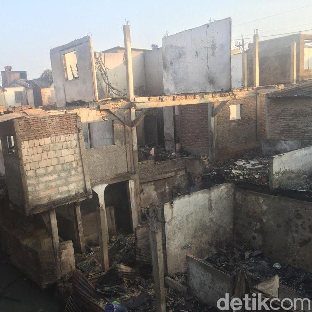 Kebakaran di Jatinegara Diduga Akibat Korsleting Listrik