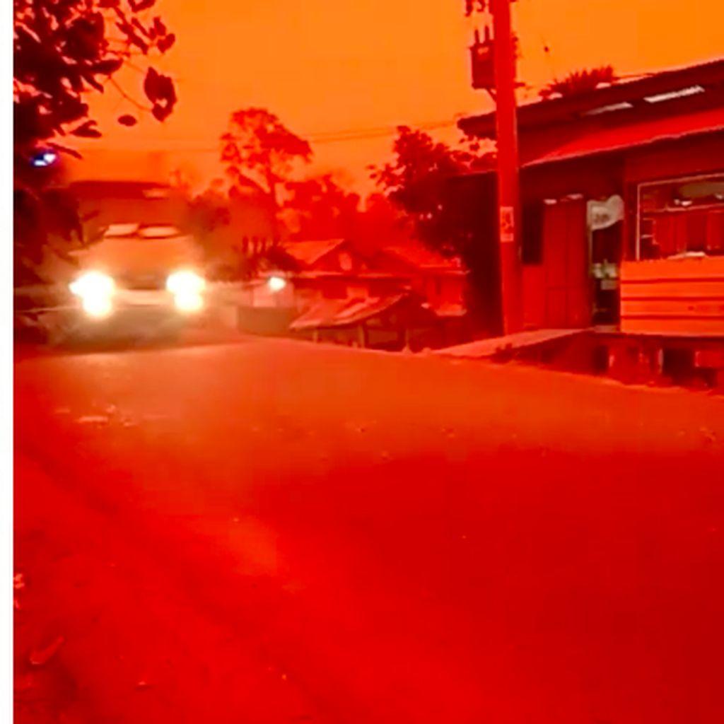 Langit Jambi Merah, BMKG: Konsentrasi Debu Polusi Sangat Tinggi