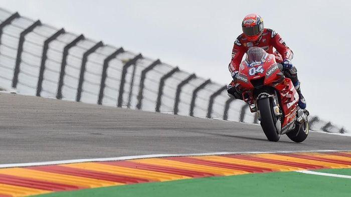 Andrea Dovizioso masih penasaran dengan situasinya di MotoGP Jepang. (Foto: Jose Jordan / AFP)