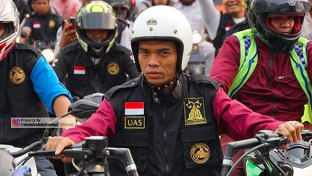 Ustaz Abdul Somad Tolak Motor Modif yang Dikasih Jamaahnya