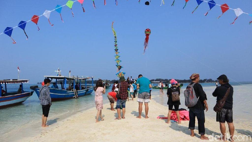 Serunya Nonton Konser Tanjidor di Pulau Gusung Patrick