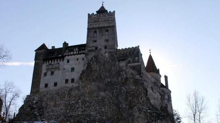 Kastil Drakula di Rumania