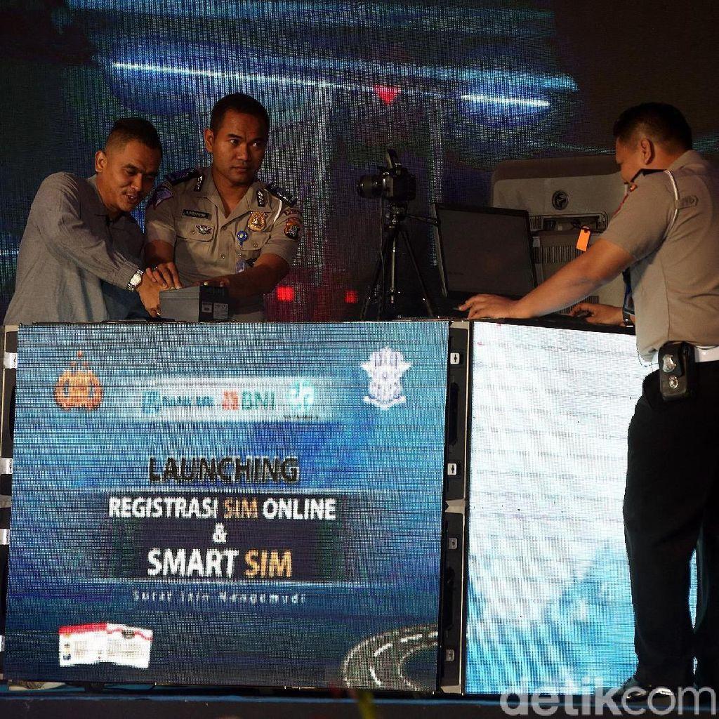 Smart SIM Resmi Diluncurkan, Jangan Coba-coba Langgar Lalu Lintas!