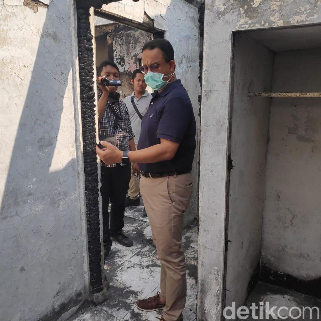Susuri Gang, Anies Kunjungi Korban Kebakaran di Jatinegara