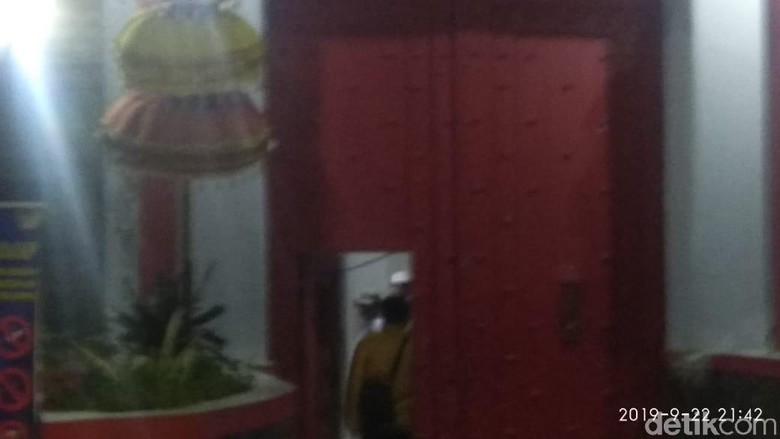 Luthfi Hasan Ishaq Terpantau Pulang ke Lapas Sukamiskin Malam Hari
