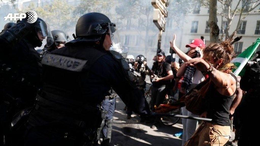 Paris Rusuh karena Kelompok Anarko, 2 Kantor Bank Dirusak