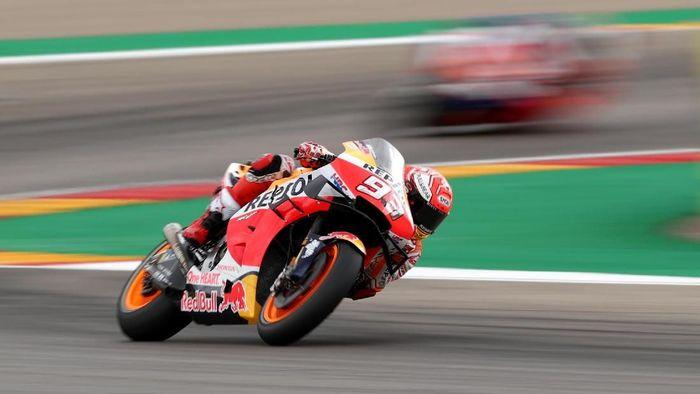 Marc Marquez juara di MotoGP Aragon. (Foto: Albert Gea / Reuters)