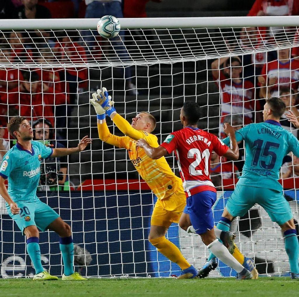 Granada Vs Barcelona: Barca Tumbang 0-2