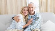 Menurut Riset, Ini Alasan Mengapa Pasangan Suami - Istri Bisa Mirip