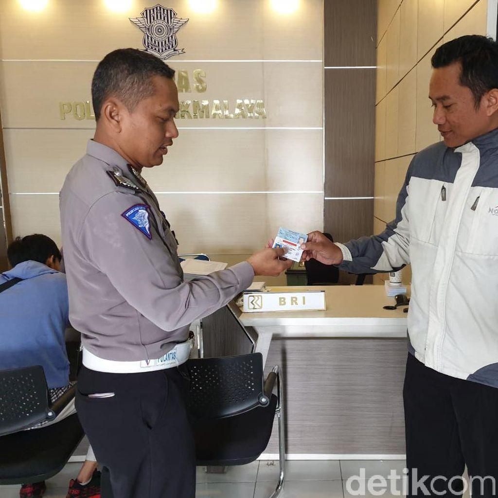HUT ke-64 Satlantas, Polres Tasikmalaya Beri Pelayanan SIM Gratis