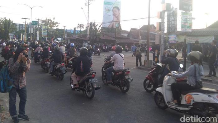 Massa Aksi Gejayan Memanggil bubarkan diri. Foto: Usman Hadi/detikcom