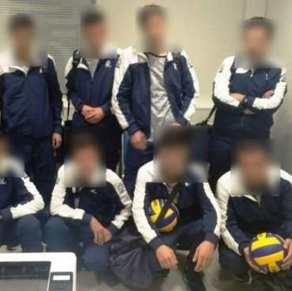 Imigran Gelap Suriah Pura-pura Jadi Tim Bola Voli, Ditangkap di Yunani