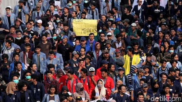 RUU KUHP: Komandan TNI yang Tolak Beri Bantuan ke Sipil Dipidana 4 Tahun