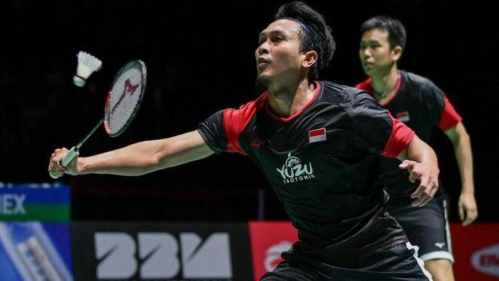 Mohamad Ahsan/Hendra Setiawan gagal meraih gelar juara Hong Kong Open 2019. (Foto: Fabrice Coffrini/AFP)