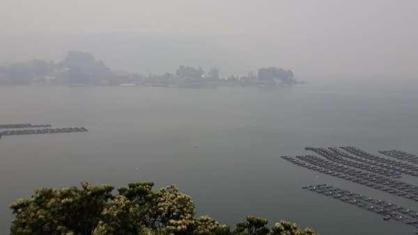 Kabut Asap Selimuti Danau Toba, Wisatawan Prihatin