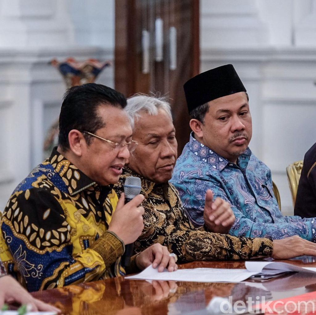 Bamsoet ke Jokowi: Ada yang Ribut Sama Istri karena Rapat Maraton RKUHP