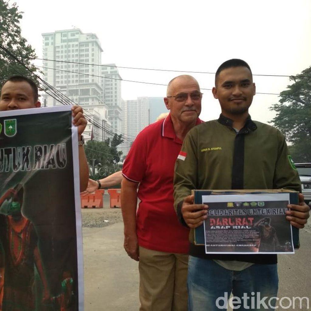 Mahasiswa Asal Riau di Medan Galang Dana untuk Korban Kabut Asap