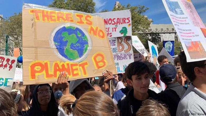 Jelang KTT Iklim PBB, Aktivis Muda Gelar Aksi dan Konferensi di New York