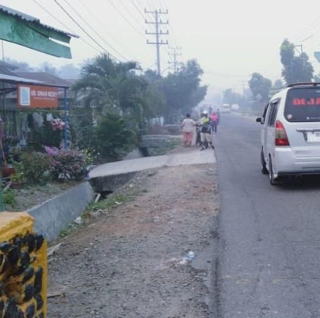 Kabut Asap Buat Warga Padangsidimpuan Sumut Mengap-mengap
