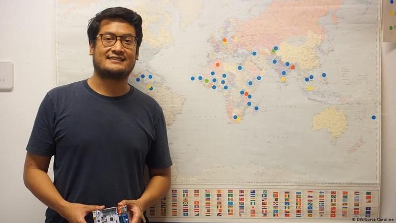 Pengalaman WNI Samuel Adiprakoso Melistriki Kawasan Terpencil di Dunia