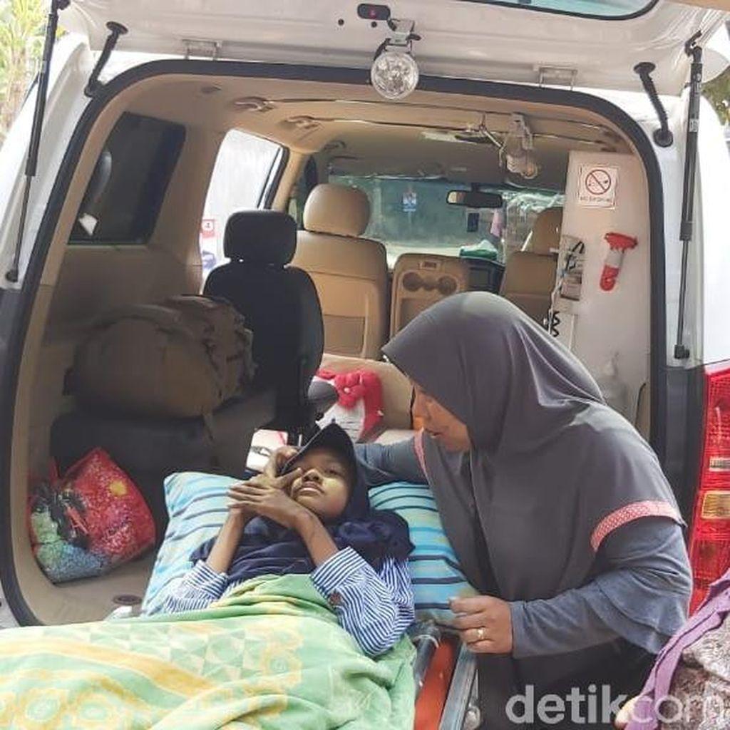 Siswi SMP Penderita Kanker Tulang di Mojokerto Dirujuk ke RSU Soetomo