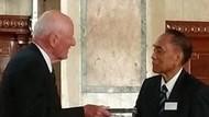 Mantan Gubernur BI Arifin Siregar Meninggal Dunia