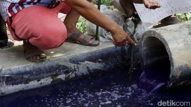 Cemari Sungai di Pekalongan, Warga Laporkan Pabrik Jeans