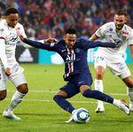 Sudah Lihat Momen Ajaib Neymar, Herrera: Ia Bisa Menangi Ballon dOr