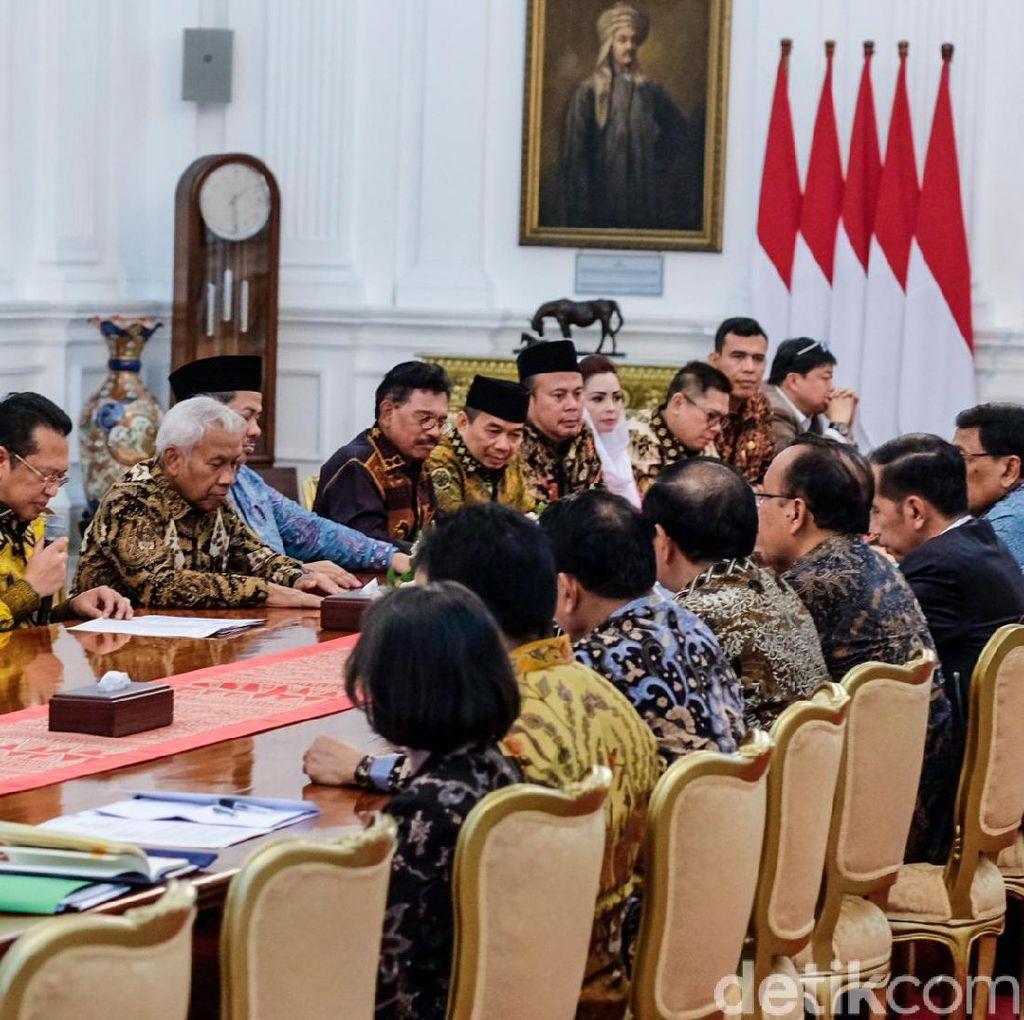 Usai Bertemu Jokowi, Ketua DPR Optimistis RUU KUHP Disahkan