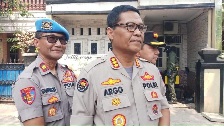 Total 6 Terduga Teroris Kelompok JAD Ditangkap Tim Densus di Bekasi