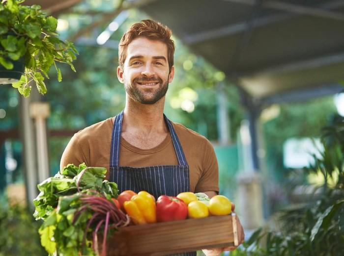 Ilustrasi pria penjual sayur. Foto: dok. iStock
