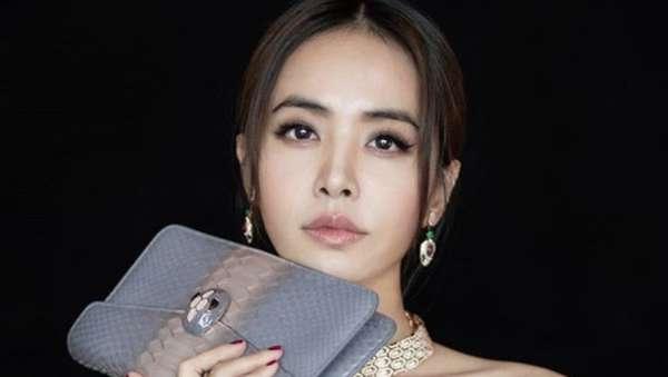 Ini Jolin Tsai, Penyanyi Taiwan yang Kesal Karena Berita Dadanya
