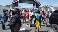 Blokir Jalan, Petani Tuntut Harga Garam Naik Jadi Rp 500/Kg
