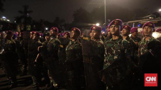 Polisi Ancam Tangkap, Mahasiswa Teriakan