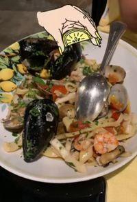 Liburan ke Pulau Capri Italia, Syahrini Cicipi 6 Hidangan Enak Ini