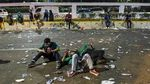 Massa Mahasiswa Masih Bertahan di DPR