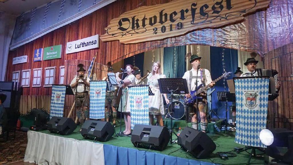Budaya Khas Jerman Semarakkan Oktoberfest 2019 di Aryaduta