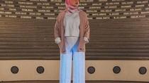 Awkarin Berhijab di Aceh, Ini Deretan Gayanya yang Bikin Adem