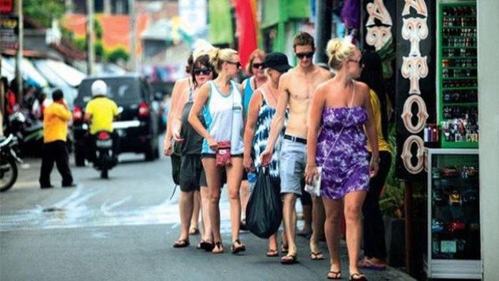 Turis Australia Mulai Batalkan Kunjungan, Pariwisata Bali Desak RKUHP Dikaji Ulang