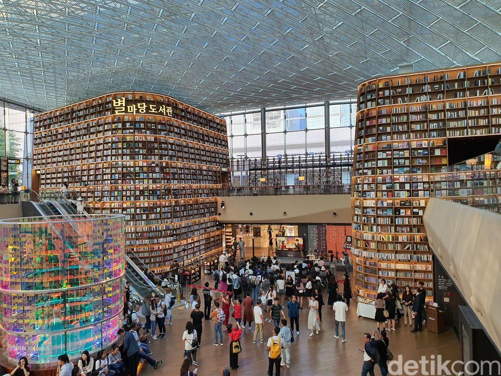 Starfield Library merupakan salah satu perpustakaan di Seoul, Korea Selatan. (Foto: detikINET/Widiya Wiyanti)