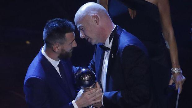 Ronaldo Tak Pilih Messi dalam Voting Pemain Terbaik FIFA