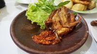 Krenyes Empuk 5 Ayam Goreng Rumahan Ini Siap Mengisi Perut