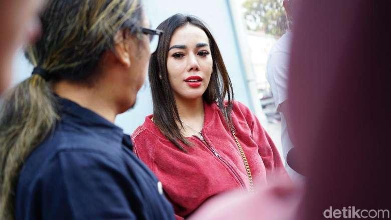 Dinilai Aji Mumpung Lewat Mendadak Amnesia, Bebby Fey Dicibir Habis-habisan