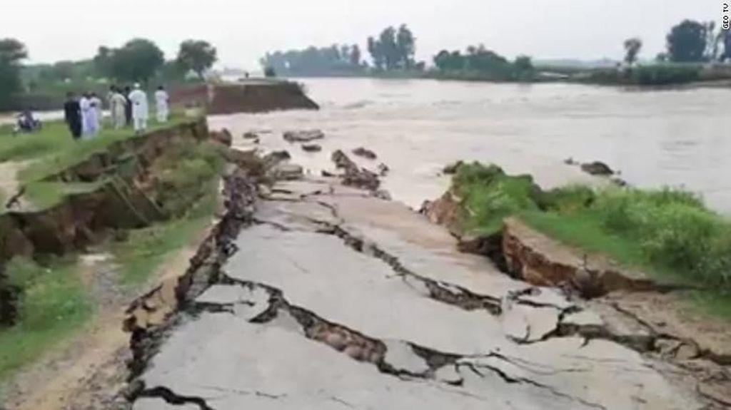 19 Orang Tewas dan 300 Luka-luka Akibat Gempa di Pakistan