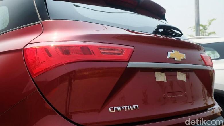 Wuling Almaz yang berubah menjadi Chevrolet Captiva Foto: Istimewa
